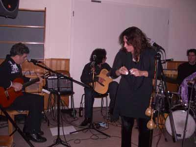Mit Band